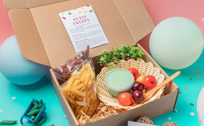 Brain Boxes: Deliveroo Delivers Sensory Play With A Family Meal
