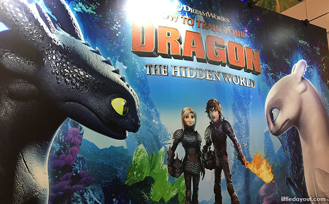 Fly With Toothless at Jem