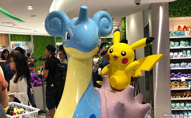Photo Opp with Lapras, Pikachu and Gyarados