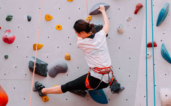 """Awesome Rock Climbing And Bouldering Gyms In Singapore To Get Your """"Climb On"""""""