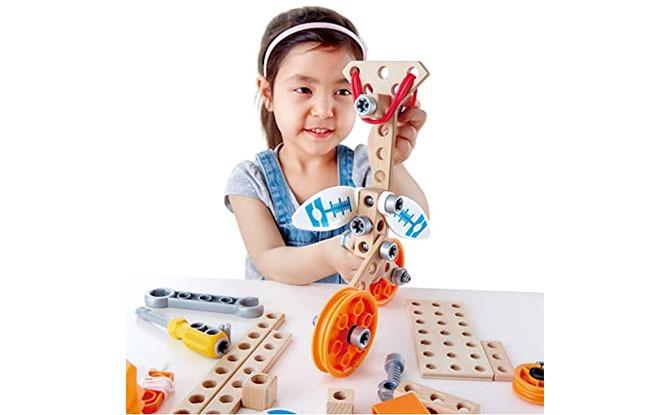 Hape Junior Inventor Deluxe Experiment Kit