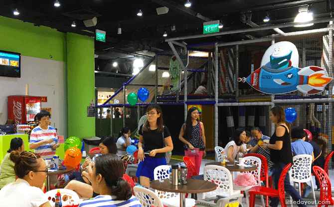Polliwogs Eastpoint Indoor Playground Play Area & Cafe