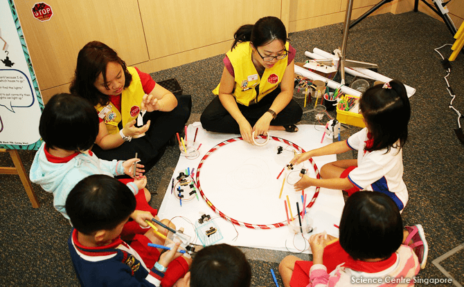 The learning experience at the PlayMaker Studio will be facilitated through workshops and programmes conducted by KidsSTOP's educators.