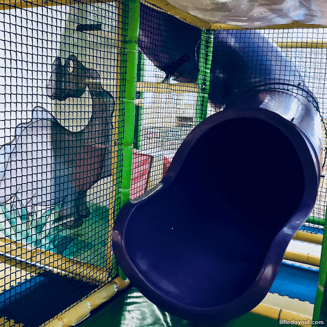 Slide at Go-Go Bambini Indoor Playground in Singapore