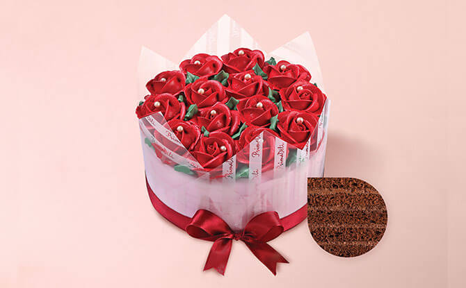 Mother's Day Cakes from PrimaDéli