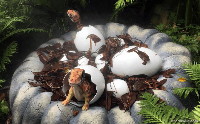 Dinosaurs at Singapore Zoo