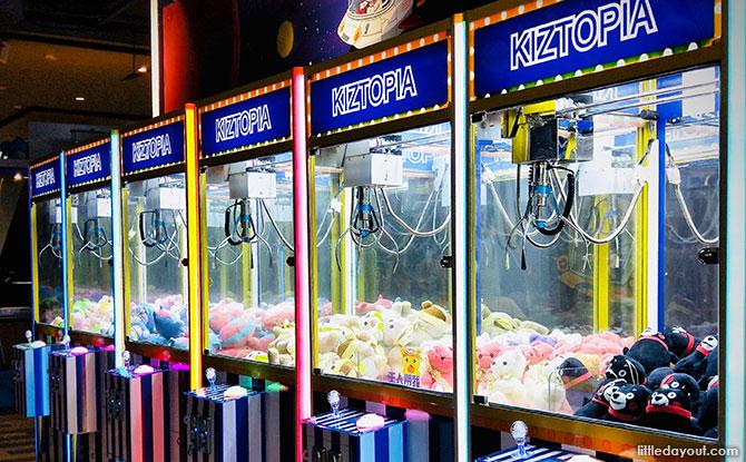 18 different play zones at Kiztopia