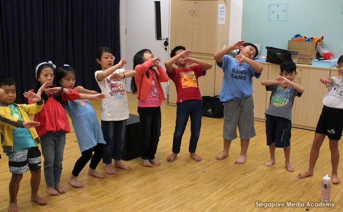 e03-Kids-In-Class-3