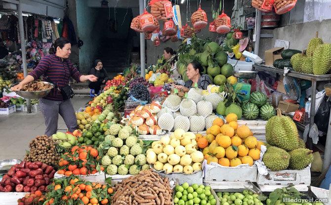 Fresh produce at Con Market