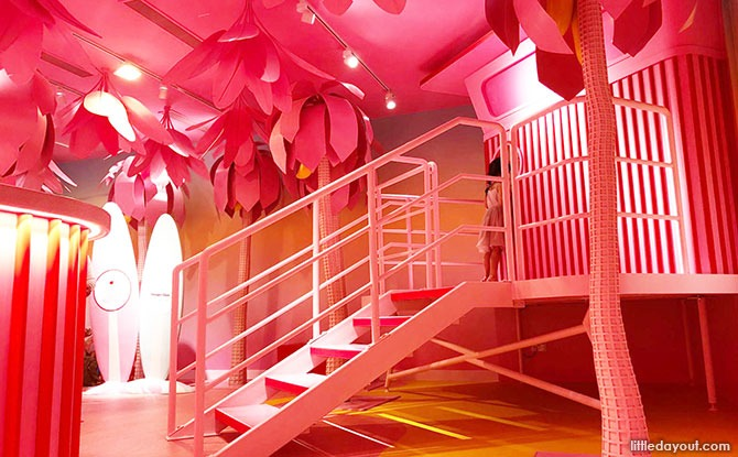 Museum of Ice Cream Review: Travel to a Pastel Beach
