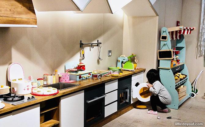 e04-origami-kids-cafe-hongkong
