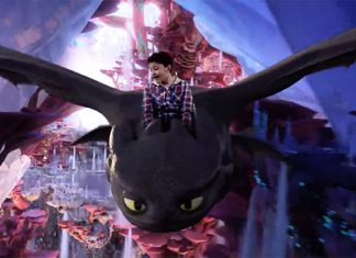 'Fly With Toothless' At A 'How To Train Your Dragon' Green Screen Experience at Jem