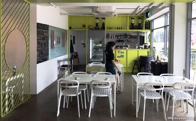 NOM Bistro & Bakery