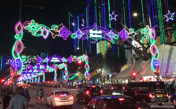 Hari Raya Light Up 2016
