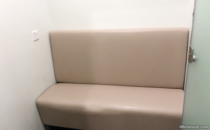 Cushioned seat