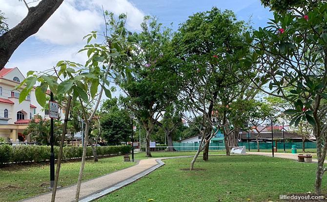 Jalan Pelatok open space and park