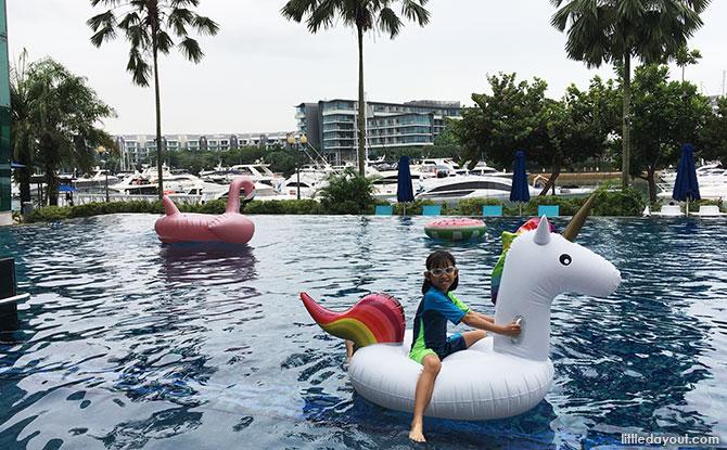Pool at One Marina 15