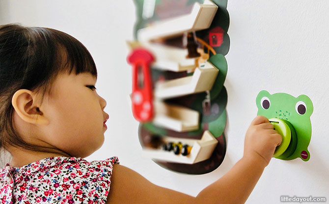 Door Knockers: Crroaky, Roarry and Spikeyy - Product Review: Oribel's VertiPlay Wall Toys - More Fun, Less Clutter!