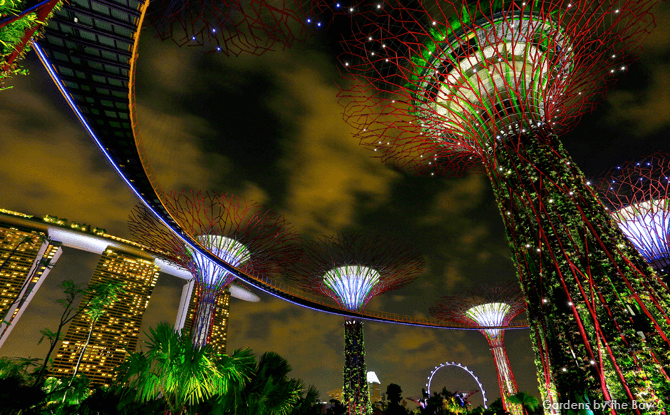 Things to Do at Night in Singapore for Kids - Light Show Singapore