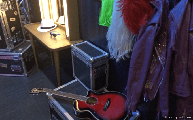 Taylor Swift Props
