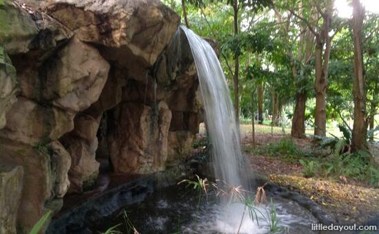 Waterfallcave