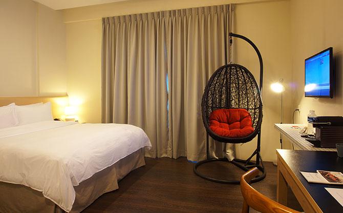 Changi Cove Singapore Standard King Room
