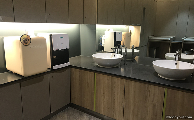 Sinks and water dispenser