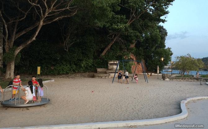 e08-Playground