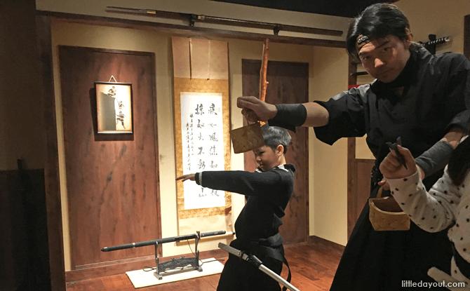 Shuriken throwing in Tokyo