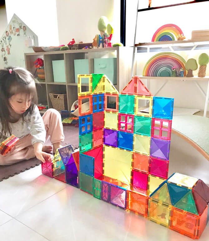 Stories of Play: Magnetic Tiles