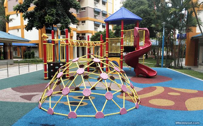 Woodlands Circle