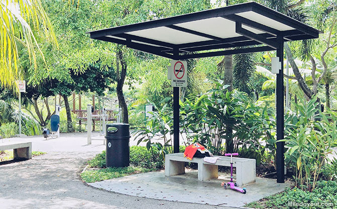 Seating areas, Punggol Waterway Park Water Playground