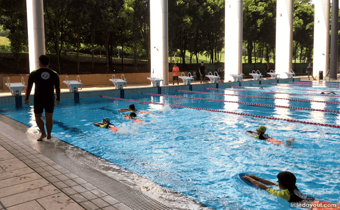 Swimming Lessons For Kids - School Environment