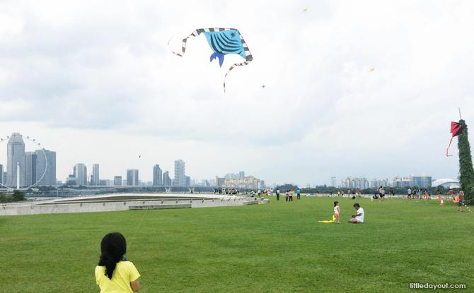 e10-Kite-Flying-Marina-Barrage