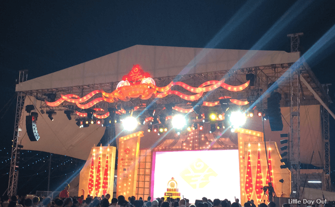 Stage Shows - River Hongbao 2018