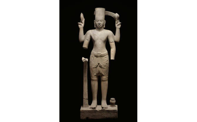 Figure of Vishnu from the beginning of the Angkor period, first half of the 9th century.
