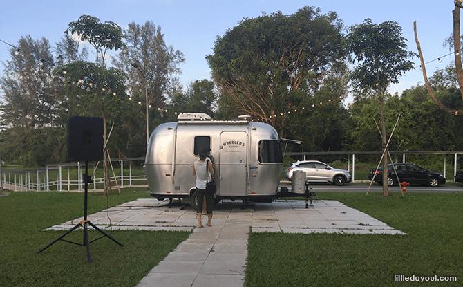 Wheeler's Estate-Caravan