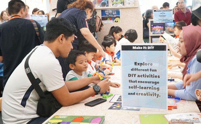 Activities and crafts at the Tinker Truck, library@harbourfront, VivoCity, Singapore
