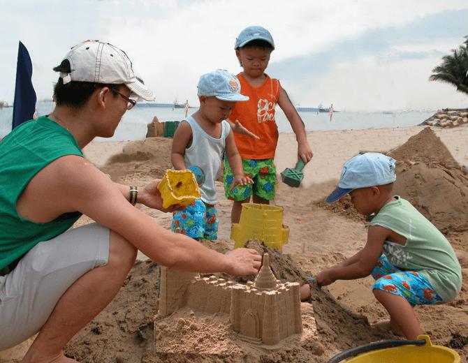 Sandcastle Building as a Family - Amazing Sandcastles Family Workshop