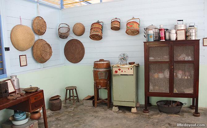 Pulau Ubin Chinese Kampong House: Dry Food Cabinet