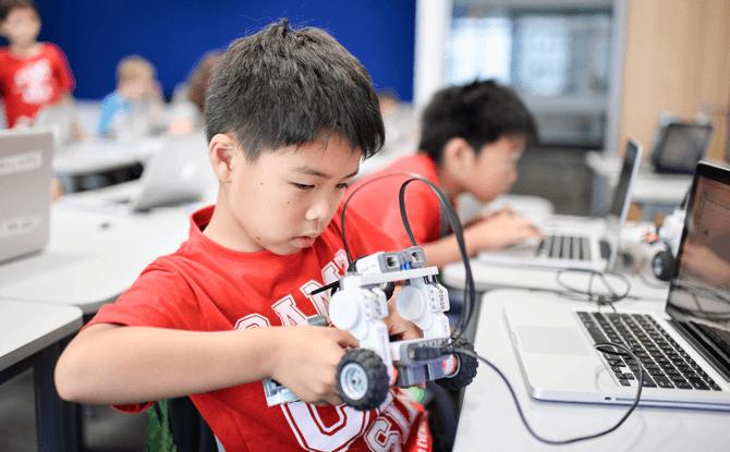 Camp Asia's Summer Programmes, Robotics Camp
