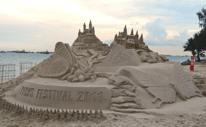 One of the mega structures created by Alvin and his team. This sculpture was the centrepiece in a sandcastle fiesta, held in conjunction with the inaugural Parks Festival 2011.