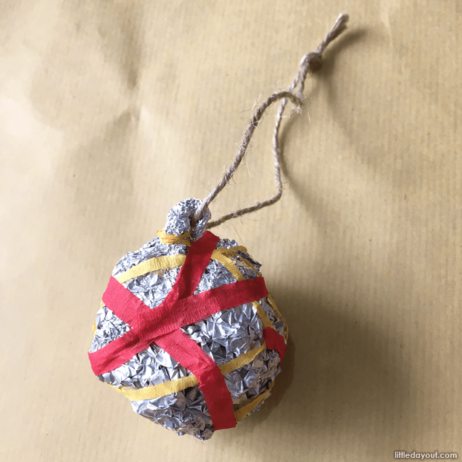 DIY Christmas decor baubles