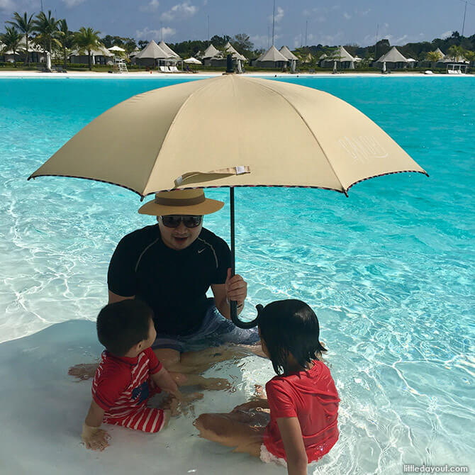 Swimming with the umbrella