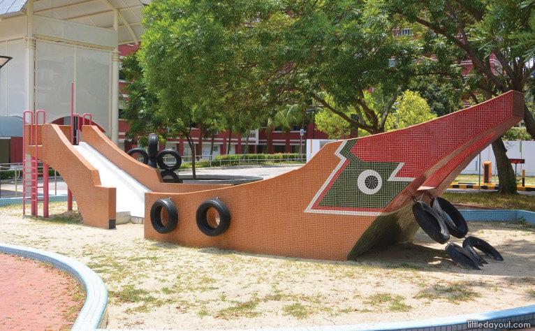 Sampan Playground at Elias Mall