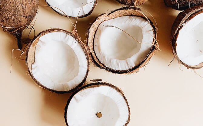 Coconut Oil, Sugar and Essential Oil Hair Mask