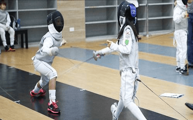 Fencing - Interesting and Unusual School Holiday Programmes in Singapore