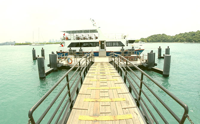 Sail away to the Southern Islands: St. John's Island / Lazarus Island, Kusu Island & Sisters' Island