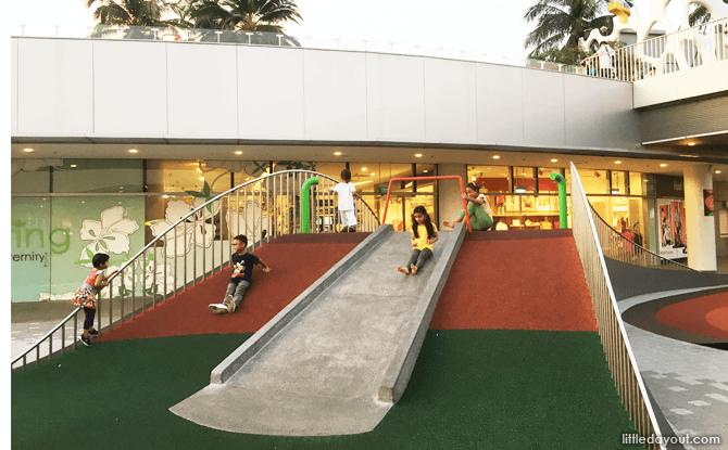 VivoCity Play court, Singapore Shopping Centre Playground