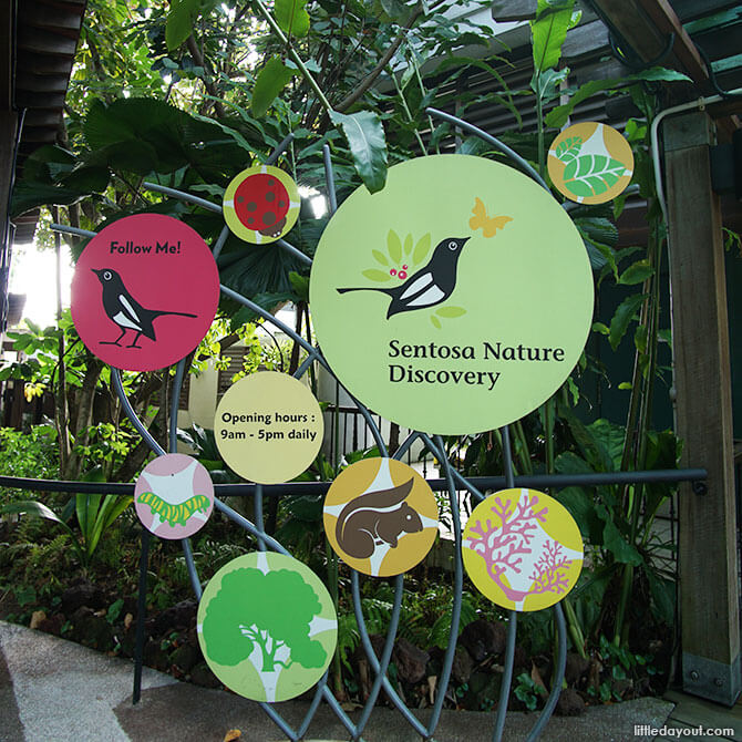 Signboard leading to Sentosa Nature Discovery